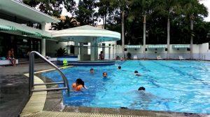 ve sinh ho boi tai hcm 300x167 - Dịch vụ vệ sinh hồ bơi