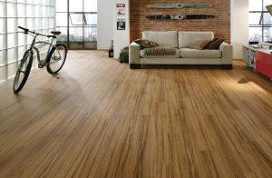 danh bong san go cong nghiep 300x196 - Bí quyết đánh bóng sàn gỗ công nghiệp đẹp như mới