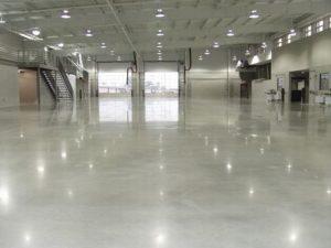 danh bong mat san be tong 300x225 - Dịch vụ đánh bóng mặt sàn bê tông có lợi ích gì?